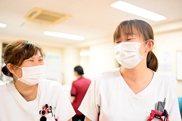 3階病棟看護師長と看護師